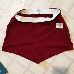New with tags soffe marron shorts small
